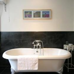 Provence Bathroom1